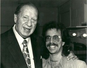 Jeffrey Gurian with Henny Youngman at a comedy event, Oct. 1990.